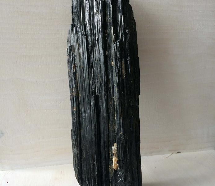 Black Tourmaline Large – Natural